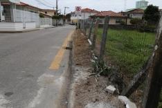 Fabinho pede recuperação de calçadas