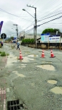 Prefeitura fecha rua para acelerar obra