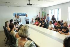 Prefeitura entrega 35 escrituras públicas