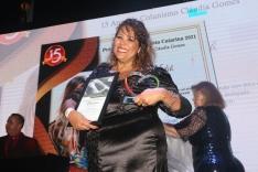 Cláudia Gomes comemora 15 anos de colunismo social