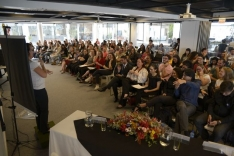 PH sedia fórum de educação bilíngue para surdos