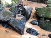 Arteris fala sobre assoreamento de cachoeira