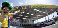 Ofertas de aniversário derrubam preços no Brasil Atacadista